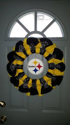 Pittsburgh Steelers Bandana Wreath by DreamweaverDesignsOH on Etsy