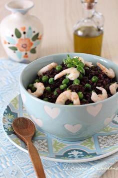 insalata di riso venere con gamberi