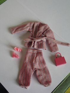Mary Quant Daisy Doll Pink Shimmer Outfit 80s. Optimum. 180+1.7 1970s Dolls, Mary Quant, Fashion Dolls, Doll Clothes, Daisy, Barbie, Friends, Pink, Outfits