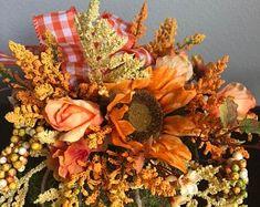 Gather Together Hydrangea Sunflower Pumpkin Autumn Floral Pumpkin Arrangements, Sunflower Arrangements, Fall Floral Arrangements, Christmas Arrangements, Primitive Autumn, Primitive Christmas, Thanksgiving Centerpieces, Fall Pumpkins, Flower Making
