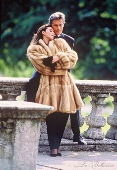Monica Bellucci in a lynx coat with Alain Delon for Annabella Furs Monica Bellucci, Hot Actors, Actors & Actresses, Royal Clothing, Lauren London, Old Money, Alain Delon, Brunette Beauty, Old Hollywood Glamour
