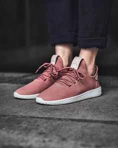 Adidas Women s Originals Pharrell Williams Tennis HU Casual Shoes  110 Pay  tribute to an icon in 958201754f
