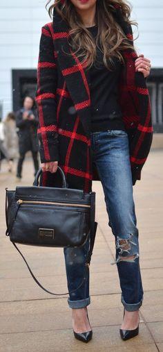 Love this plaid and the coat. See similar fashion at topreviews.momsma......