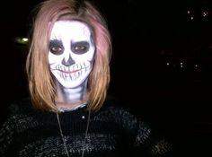 Pictures: Katy Perry Embraces Halloween With Skeleton Face Paint Halloween Skeleton Makeup, Skeleton Face, Halloween Skeletons, Scary Halloween, Halloween Make Up, Halloween Crafts, Halloween Ideas, Halloween Party, Katy Perry Halloween Costume