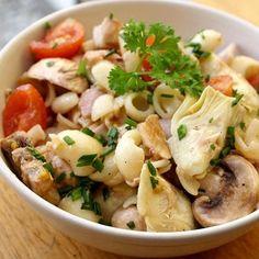 Salade de pâtes au coeur d'artichauts, jambon et champignon