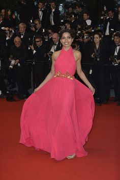 Indian actress Freida Pinto in Gucci dress at the 'The Great Gatsby' premiere for the opening night of the Cannes Film Festival at the Palais des Festivals. Freida Pinto, Palais Des Festivals, Gucci Dress, The Great Gatsby, Opening Night, International Film Festival, Cannes Film Festival, Indian Beauty, Bollywood Actress