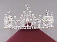 Late Victorian/Edwardian Natural Pearl and Diamond Tiara imitation, original for sale by Bentley & Skinner. [Ebay: ickdress15] http://www.bentley-skinner.co.uk/catalog/products/19897-a-late-victorian-natural-pearl-and-diamond-tiara-necklace