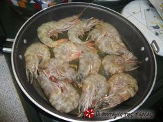 Γαρίδες λαδορίγανη #sintagespareas Greek Cooking, Recipe Images, Greek Recipes, Fish And Seafood, Shrimp, Salads, Recipies, Appetizers, Menu