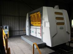 Post shredder installed in the UK Industrial, Woodworking, Technology, Woodwork, Tecnologia, Tech, Joinery, Carpentry, Engineering