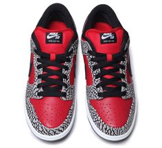 supreme-x-nike-sb-dunk-low-2012-release-date-3