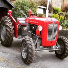 regram @oldtractorsworld From @agricultureworld this Massey Ferguson 35 4WD with a 3 cyl Perkins diesel - fitted with a Land Rover 4wd front axle