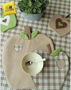 Tovaglietta americana a forma di mela Imbottita Angelica Home & Country Collezione Mele in Beige Decoro Scozzese