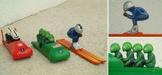 Winterspaß im Paket -  Spielzeug (Werbegeschenke) aus den 80er Jahren