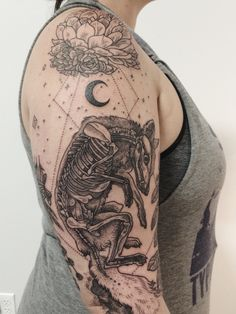 Just the top of a one-sitting mystical sleeve featuring a bisected fox, succulents, celestial bodies, flanked by lavender and sage! By Pony Reinhardt in Portland, Or. For more, follow on IG: freeorgy