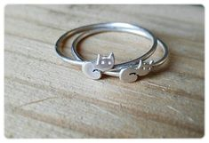 Silver Cat Ring: Cat lover gift jewelry - Cat ring - Kitty ring - Pet lover jewelry - Christmas Gift for mom - Cat lady gift - Gift Under 30 by AnniamAeDesigns