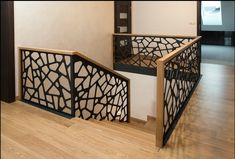 Stair Railing Design, Home Stairs Design, Stair Decor, Home Room Design, Dream Home Design, Home Interior Design, Hallway Designs, House Front Design, House Rooms