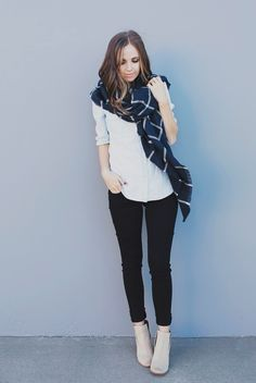 Merrick's Art // Style + Sewing for the Everyday Girl: FOUR WAYS TO TIE A BLANKET SCARF