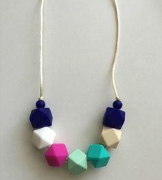 Fashionable Teething Necklace for Mom and Baby