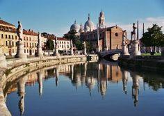 Google Image Result for http://www.italyvacationplaces.com/wp-content/uploads/2012/03/padova-italy.jpg