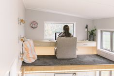 Tiny House on Wheels with a Floating Office/Study Loft Unique Tiny House with Floating Loft Desk The Millennial by Build Tiny NZ 003 Tiny Loft, Tiny House Loft, Modern Tiny House, Tiny House Living, Tiny House Plans, Tiny House Design, Tiny House On Wheels, Japanese Tiny House, Living Room