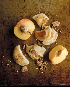 Peach Crumble Pierog