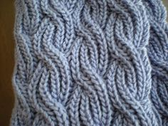 Steps and Stitches: Reversible Cabled Brioche Stitch Scarf; nice stitch for a baby blanket Knitting Stiches, Lace Knitting, Crochet Stitches, Knit Crochet, Knitting Scarves, Scarf Knit, Stitch Patterns, Knitting Patterns, Crochet Patterns