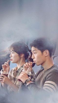 Song Joong-ki as Yoo Shi-jin Song Hye-kyo as Kang Mo-yeon Descendants of the sun Songsong Couple, Best Couple, Drama Film, Drama Movies, Korean Celebrities, Korean Actors, Celebs, Descendants Of The Sun Wallpaper, Song Hye Kyo Descendants Of The Sun