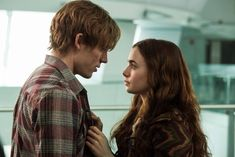 Love, Rosie - Publicity still of Lily Collins & Sam Claflin. The image measures 1000 * 667 pixels and was added on 11 September Film Love Rosie, Alex And Rosie, Lara Jean, Lily Collins Sam Claflin, Transformers, Ex Amor, Netflix, English Movies, Movie Couples