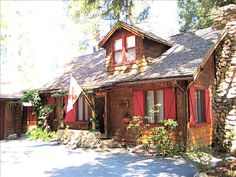 Cabin vacation rental in Idyllwild.  Absolutely precious!  Sleeps 9-10
