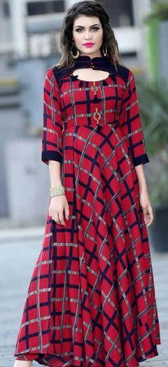 Designer Long Frock Style Kurtis For Women 2018 - Kurti Blouse Dress Neck Designs, Blouse Designs, Western Dresses, Indian Dresses, Frocks And Gowns, Tartan Fashion, Floral Skater Dress, Indian Designer Wear, Lovely Dresses