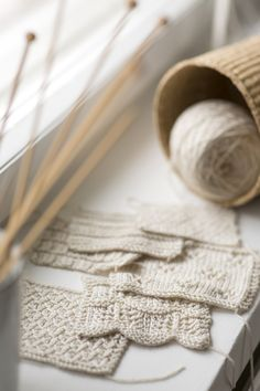 Choose your own shawl adventure: Mix & Match – Rivers collection from Woolenberry. Stitch Patterns, Knitting Patterns, Uncommon Threads, Moss Stitch, Garter Stitch, Knitted Shawls, Different Patterns, Creative Crafts, Knitting Projects