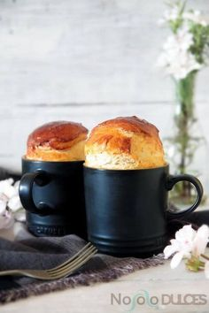 7 recipes for mug cake or cupcakes (in Spanish) - breads & baking - Recetas Mug Recipes, Sweet Recipes, Cake Recipes, Mug Cakes, Cupcake Mug, Cupcake Cakes, Mug Cake Microwave, Microwave Recipes, Eclairs