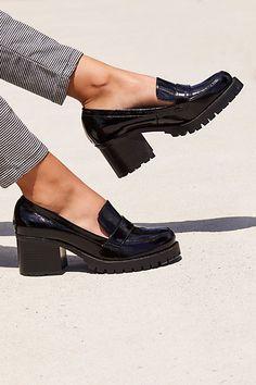 4d02522ec84 18 Best heeled loafers images