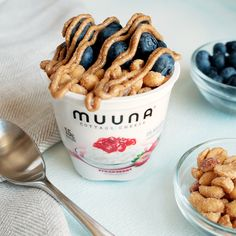 There's nothing like a PB&J-inspired #ToppingTuesday to let your inner-child come out and play! Top our protein-packed strawberry Muuna cottage cheese with roasted peanuts, fresh blueberries, and a peanut butter drizzle for a tasty and filling snack!