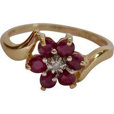 14K Gold Topaz or Spinel and Diamond Ring Flower Motif