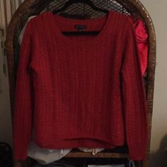 FLASH SALE Willi smith orange cableknit sweater Worn once. Runs tts and does not have an oversized fit. Color is most true to the darker pictures. Flash picture to show detail. 50/50 wool acrylic blend. Listed as j. Crew for exposure. No trades! J. Crew Sweaters Crew & Scoop Necks