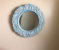 Light blue decorative bedroom mirror, round boho chic shabby mirror frame, baroque style up cycled hand painted wall art home decor Shabby Chic Table Lamps, Shabby Chic Wall Decor, Cottage Mirrors, Driftwood Mirror, Hand Painted Walls, Silver Paint, Round Wall Mirror, Country Crafts, Baroque Fashion