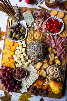 Epic Holiday Cheese Board with Everything Cheddar Horseradish Cheese Ball - Party Ideas - Cheese Charcuterie And Cheese Board, Charcuterie Platter, Cheese Boards, Antipasto, Cheese Board Display, Wine And Cheese Party, Wine Cheese, Fruit Plate, Food Platters