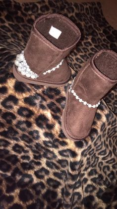 54f6e3c6a 63 Teenage Girl Boots that Combines Style with Comfort   Women Fashion  Accessories   Boots, Fashion, Ugg boots