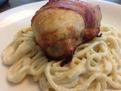 Pechuga rellena Relleno, Spaghetti, Ethnic Recipes, Food, Dishes, Meals, Yemek, Noodle, Eten