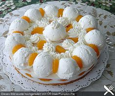 Schneeball Torte Snowball cake, a delicious recipe from the category pies. Crazy Cakes, Lemon And Coconut Cake, German Cake, Different Cakes, Savoury Cake, Holiday Desserts, Southern Recipes, No Bake Cake, Clean Eating Snacks