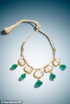 Bridal & Wedding Party Jewelry Hearty Gold Tone Stone Bridal Kada Bollywood Bangle Bracelet Wedding Beige Jewelry 2*4x Vivid And Great In Style
