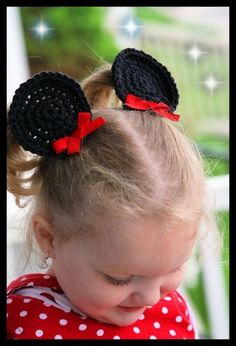 Minnie Mouse Hair Clips - I wish I knew how to crochet