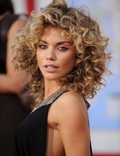 19 Pretty Permed Hairstyles | Save your hair from the heat try these looks with Spoolies Hair Curlers!  www.spoolies.com