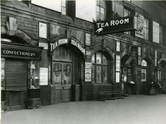 London Victoria station, British Railways, January 1949