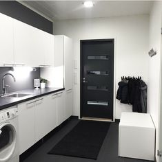 Modern Laundry Rooms, Laundry Design, Laundry Room Inspiration, Küchen Design, Interior Design Living Room, Interior Architecture, House Plans, Home Appliances, House Styles