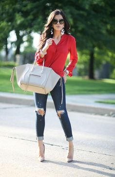 Upcoming fashion trends have given way to a different kind of casual style this fall which make them look great. Fashion Mode, Look Fashion, Fashion Outfits, Womens Fashion, Fashion Trends, Feminine Fashion, Ladies Fashion, Fashion Clothes, Fashion Ideas