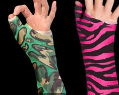 Better than the old way of decorating your fiberglass cast!  Cover it with cool cast tattoos called Casttoos.  The future of cast decorating ideas.