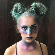 Galaxy makeup! ✨ Model: my sister Kylie . . . #ilovehalloween #halloweenmakeup #galaxy #halloween2017 #costume #costumemakeup #galaxymakeup #spacebuns #space #halloween #costume #blue #bluehair #teal #tealhair #glitter #rhinestones #beccahighlighter #snazaroofacepaint #anastasiabeverlyhills #stila #makeuptutorial #makeupartist #makeuplover #hudabeauty #toofaced #urbandecay #beauty #beautyblogger #lips #eyes