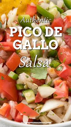 Homemade Pico de Gallo Recipe This Authentic Mexican Chunky Salsa can be made in 10 minutes. Jalapeno, onion and tomato are mixed together for the ultimate fresh salsa. Serve with chips for a party appetizer, or top burgers, sandwiches or tacos. Authentic Mexican Recipes, Mexican Food Recipes, Ethnic Recipes, Spicy Mexican Food, Mexican Cabbage Salsa, Mexican Food For Party, Hawaiian Recipes, Fresh Tomato Recipes, Fresh Tomato Salsa